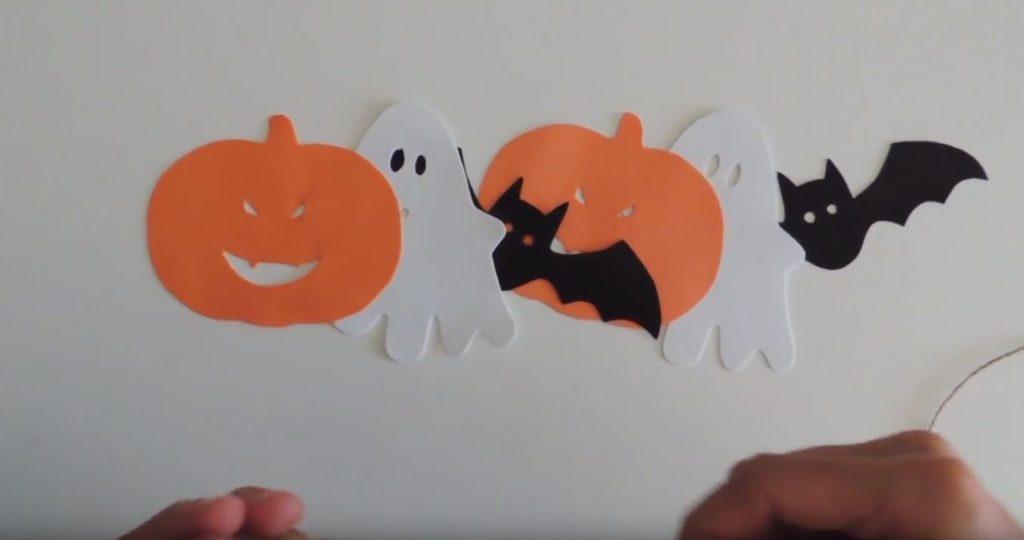 Guirnalda de fantasmas, murciélagos y calabazas