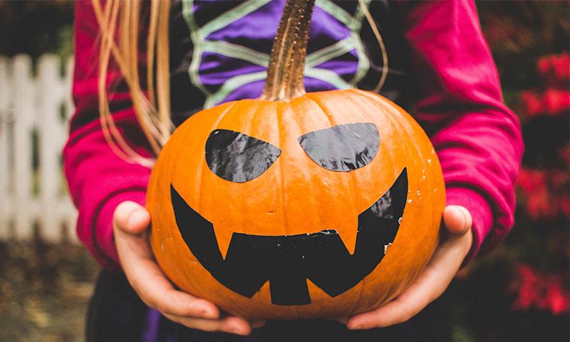 Manualidades de Halloween fáciles de hacer con niños
