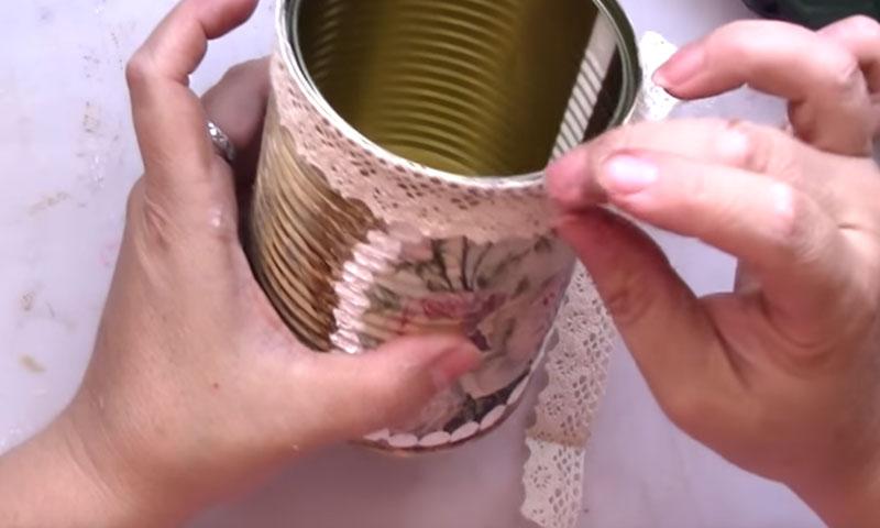 Cómo reciclar con decoupage y craquelado una lata